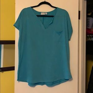 Kim Rogers short sleeved top.  Size 2X.
